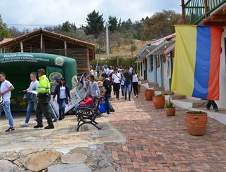 Reconocimiento Policía Nacional de los Colombianos